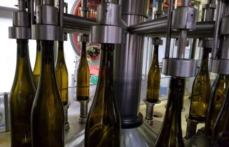 Wein Abfüllung Weingut Faber Freiburg